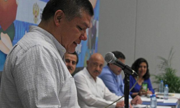 Miguel de la Cruz recibe el Primer Premio de Periodismo Filey