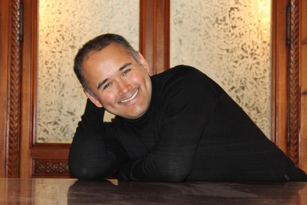 Javier Camarena ayudará a las víctimas de los sismos