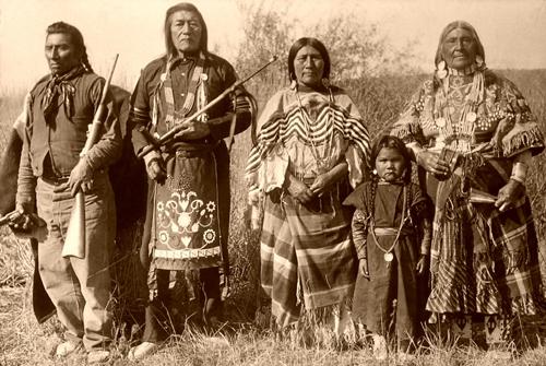 """""""Una tribu"""", una mirada a los indios del Valle de Yosemite"""