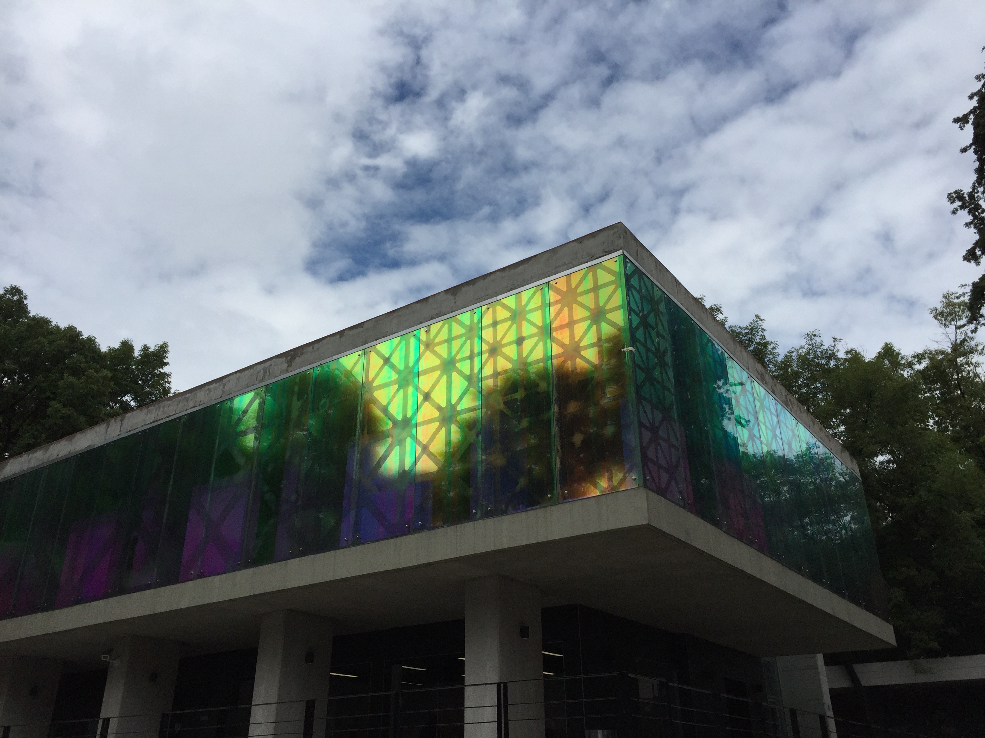 Del espacio arquitectónico al objeto artístico y viceversa