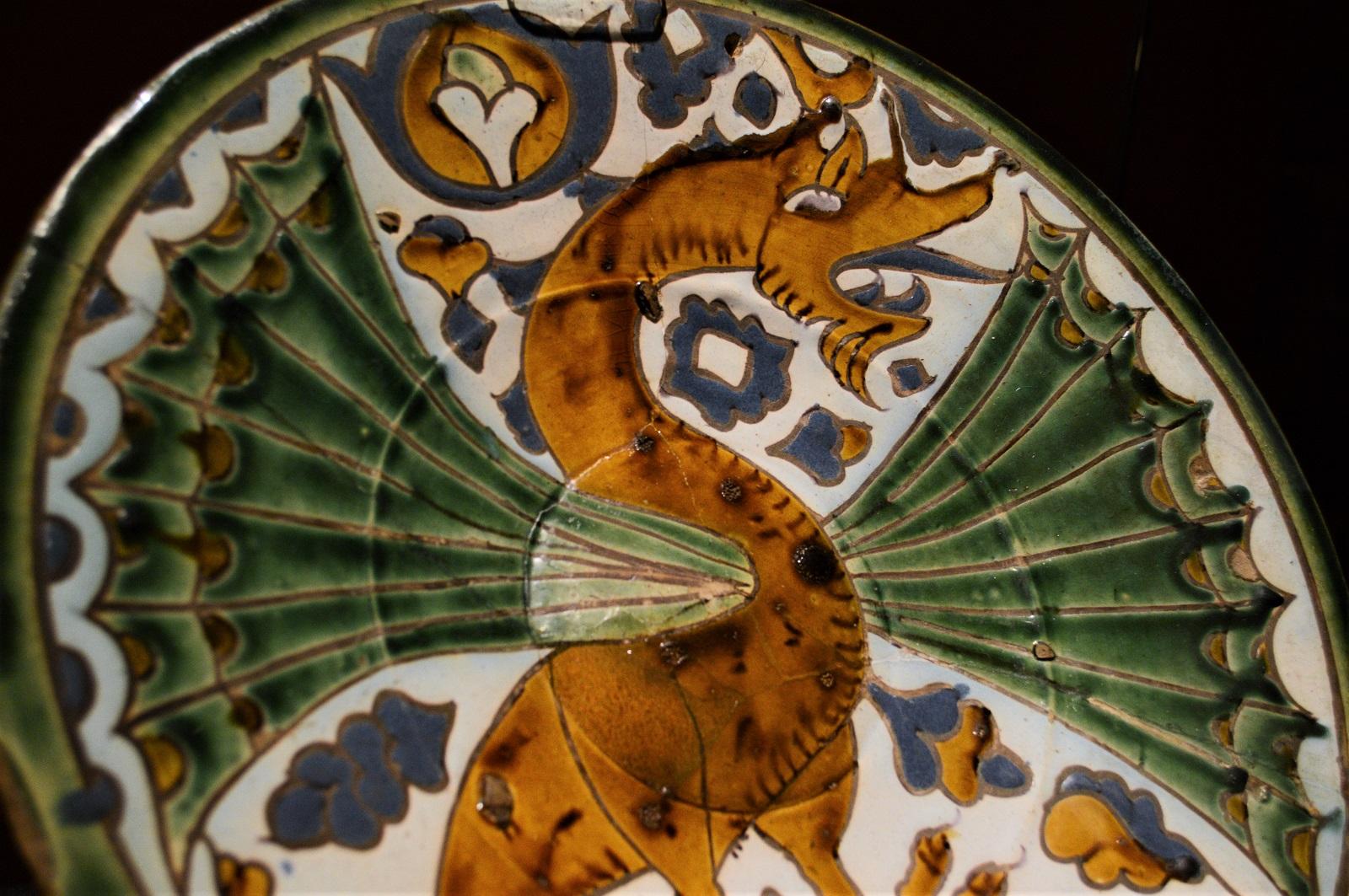 Plato con dragón Foto Ireli Vázquez