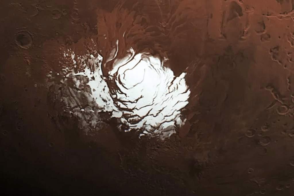 La sonda Mars Express encontró agua en Marte