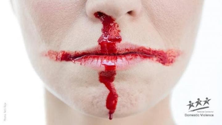 """""""Si Inglaterra es vencida, ella también lo será"""", una campaña contra la violencia doméstica"""